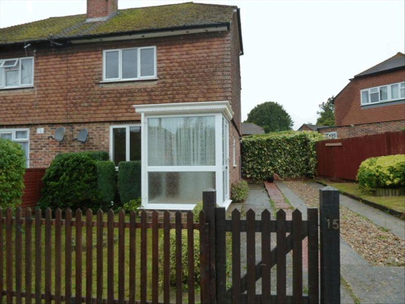 2 Bedrooms Semi Detached House for rent in HAWKHURST