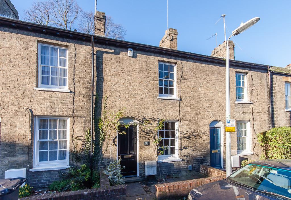 2 Bedrooms Terraced House for sale in Brunswick Terrace, Cambridge