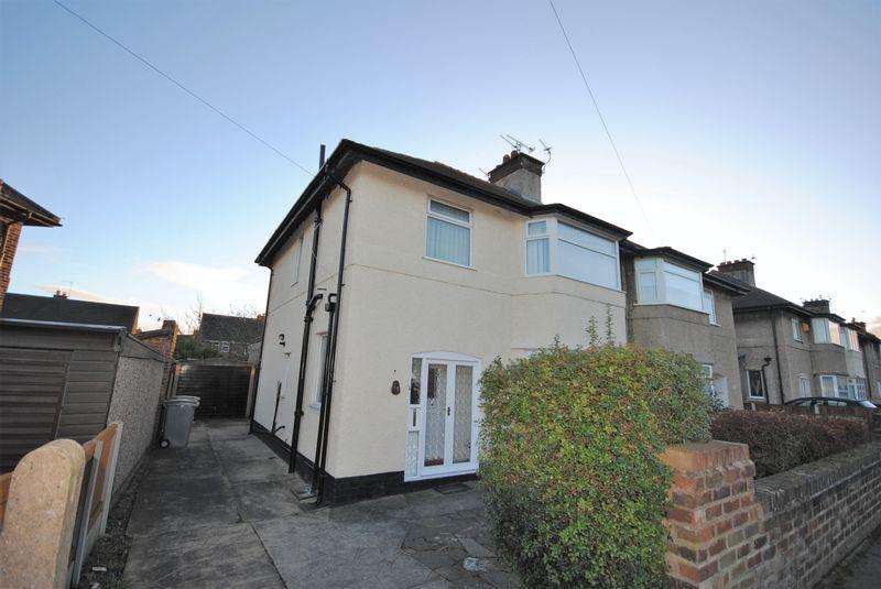 3 Bedrooms Semi Detached House for sale in Meadowside, Leasowe
