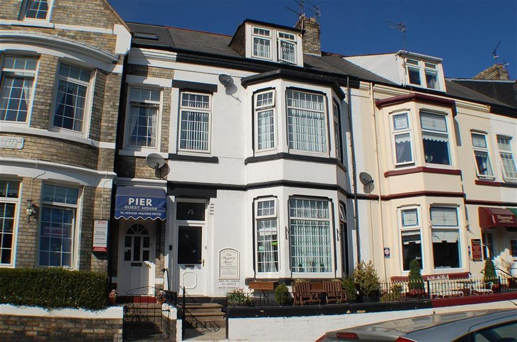 6 Bedrooms Terraced House for sale in Ocean Road, South Shields, South Shields
