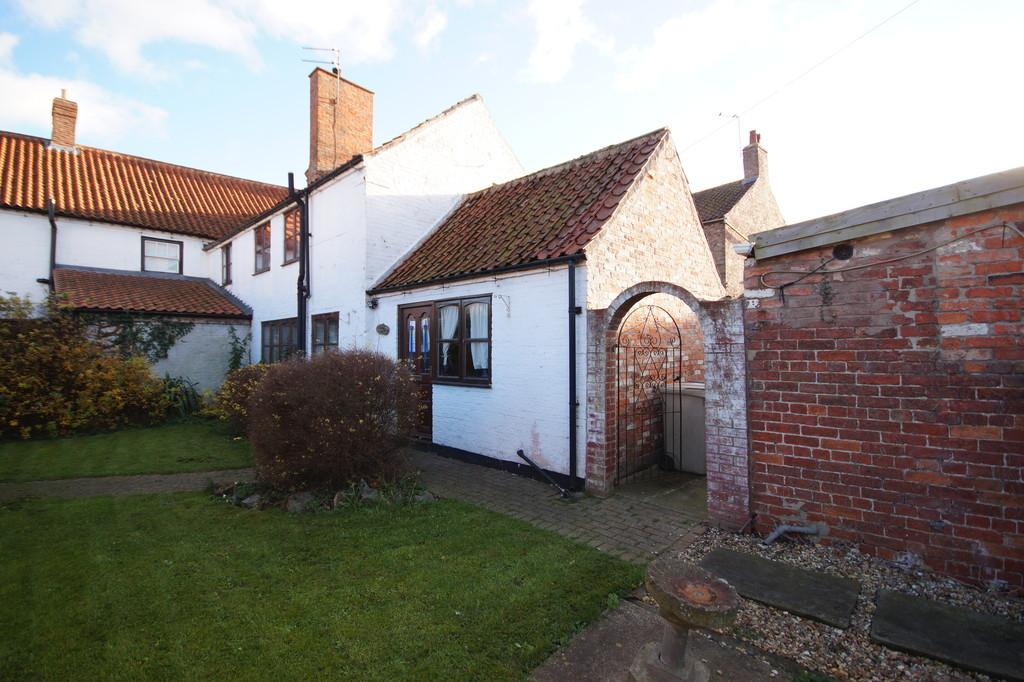 2 Bedrooms Cottage House for sale in Lincoln Road, Wragby