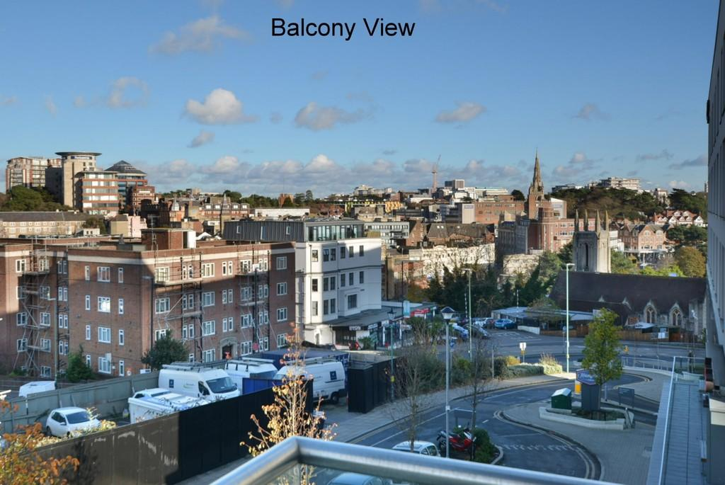 2 Bedrooms Apartment Flat for sale in The Summit, Upper Terrace Road, Bournemouth