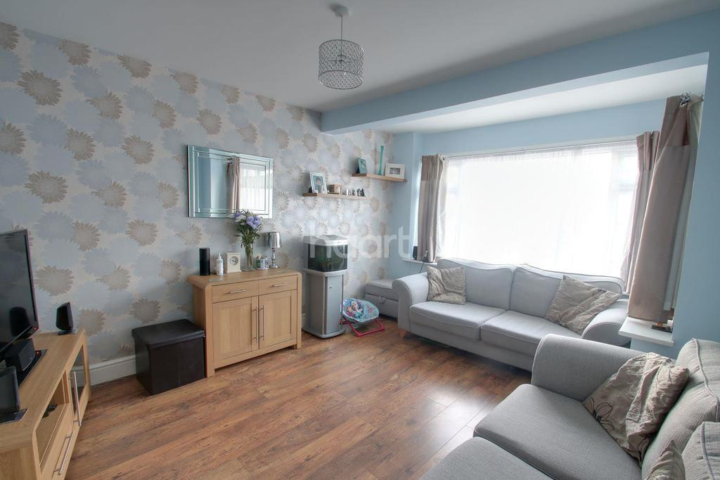 3 Bedrooms Terraced House for sale in Blenheim Avenue, Chatham, ME4