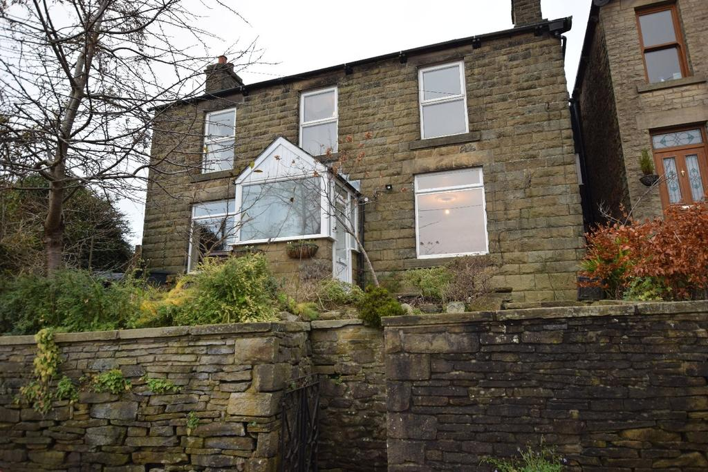 4 Bedrooms Detached House for sale in Buxton Road, Whaley Bridge, High Peak