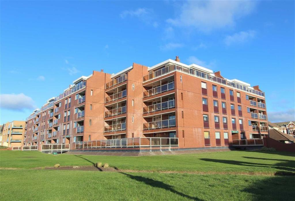 3 Bedrooms Apartment Flat for sale in St Annes Road West, Lytham St Annes, Lancashire