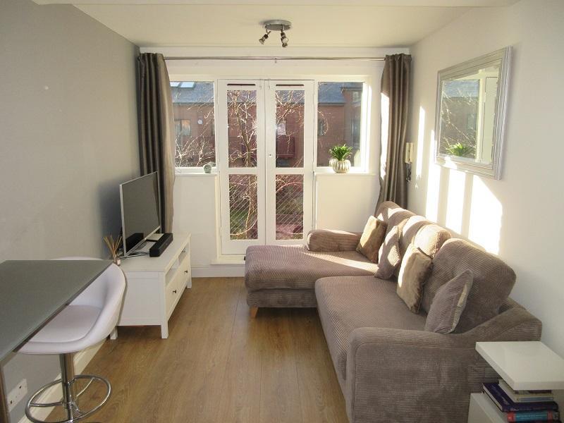 2 Bedrooms Apartment Flat for sale in Kings Court, Cox Street, Birmingham B3