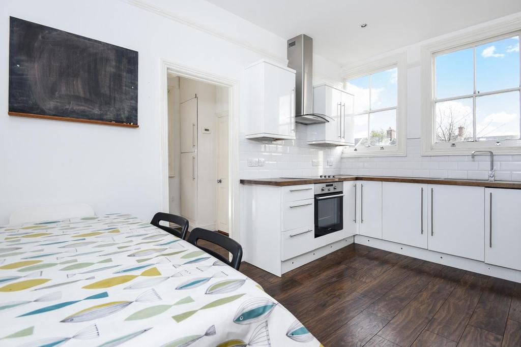 3 Bedrooms Maisonette Flat for sale in Salterford Road, Tooting