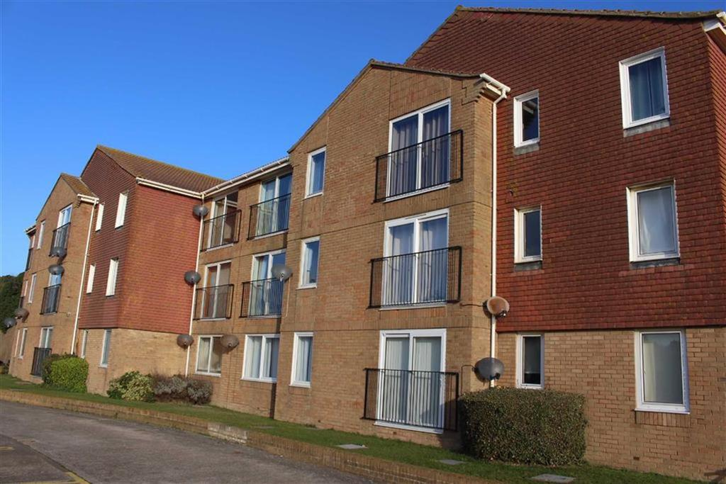 1 Bedroom Flat for sale in St Crispians Court, Claremont Road, Seaford