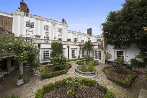 4 bedroom house to rent - Hampton Court Road, East Molesey, Surrey, KT8
