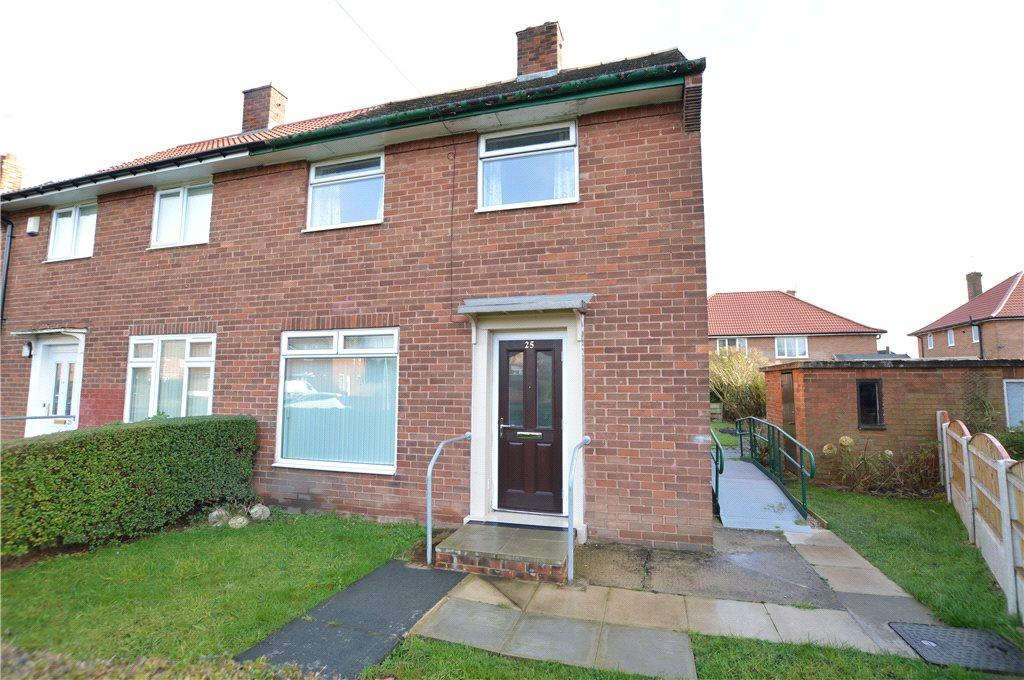 2 Bedrooms Semi Detached House for sale in Stanks Avenue, Leeds, West Yorkshire