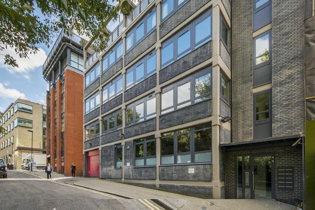 2 Bedrooms Flat for sale in Benjamin Street, Clerkenwell