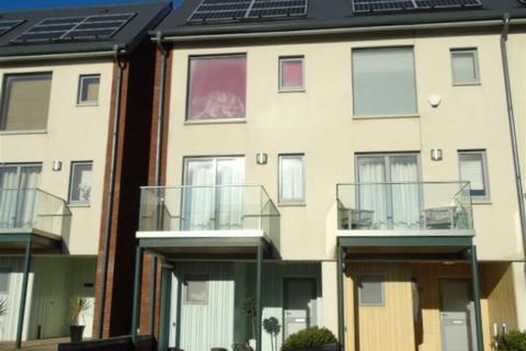3 bedroom townhouse for sale - Langdon Road, Swansea