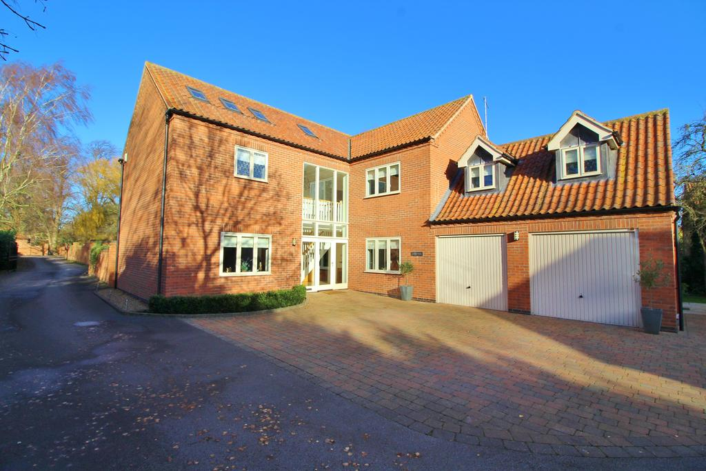4 Bedrooms Detached House for sale in Main Street, Scarrington, Nottinghamshire NG13