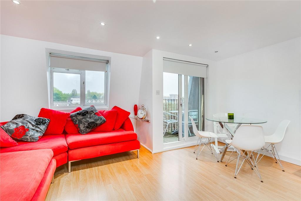 2 Bedrooms Flat for sale in Almeric Road, Battersea, London