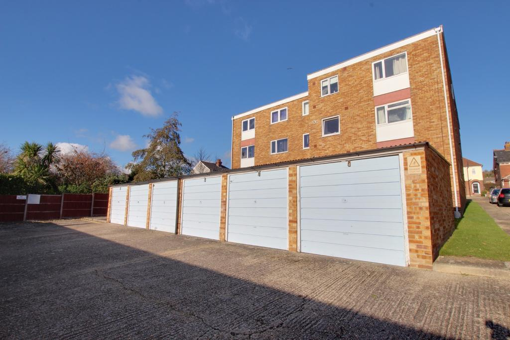 2 Bedrooms Flat for sale in Drayton