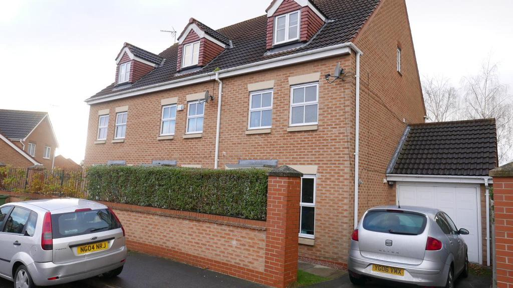 3 Bedrooms Semi Detached House for rent in 68 Myrtle Way, Brough, Hu15 1SR