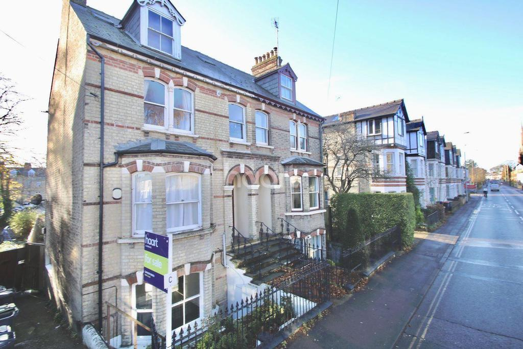 2 Bedrooms Flat for sale in Victoria Road, Cambridge.