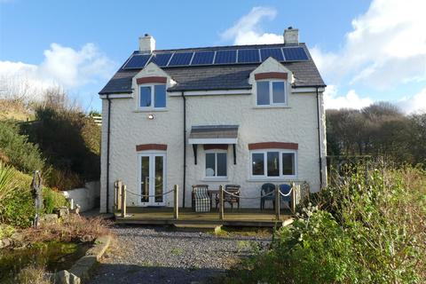 4 bedroom property with land for sale - Moylegrove, Cardigan