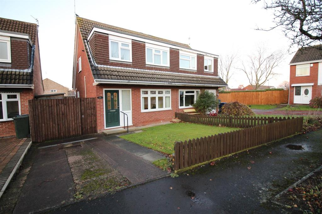 3 Bedrooms Semi Detached House for sale in Hersham Close, Newcastle Upon Tyne