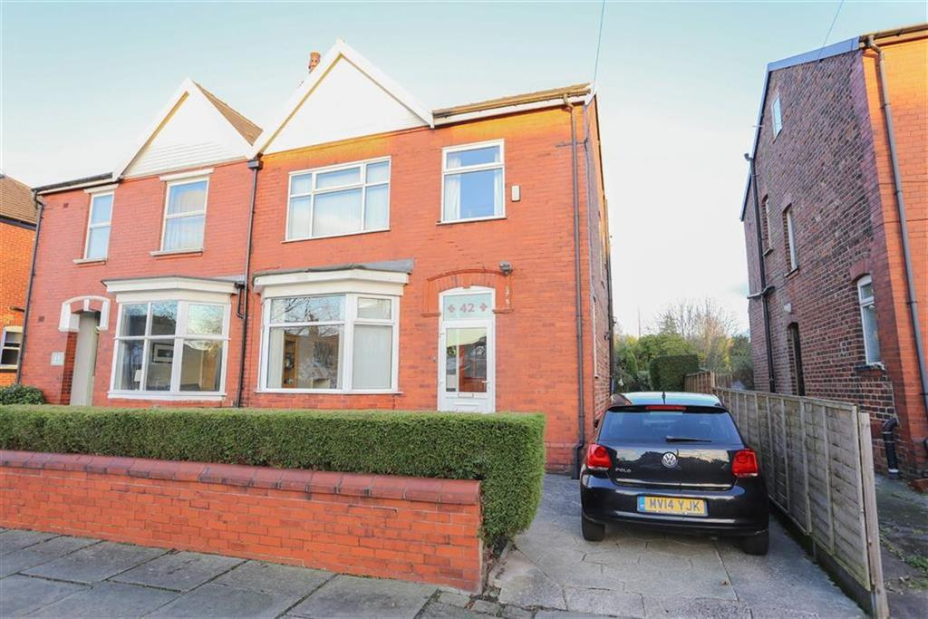 3 Bedrooms Semi Detached House for sale in Sutton Road, Heaton Norris