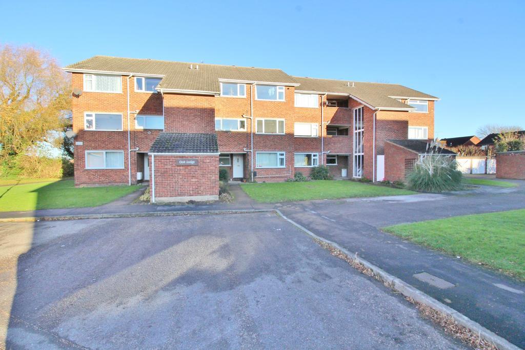 2 Bedrooms Apartment Flat for sale in Oak Lodge, Oak Avenue, Bingham, Nottinghamshire NG1