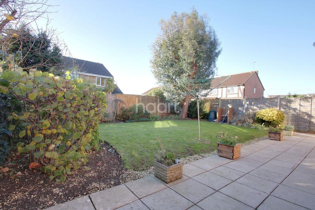 4 Bedrooms Detached House for sale in Stratone Village