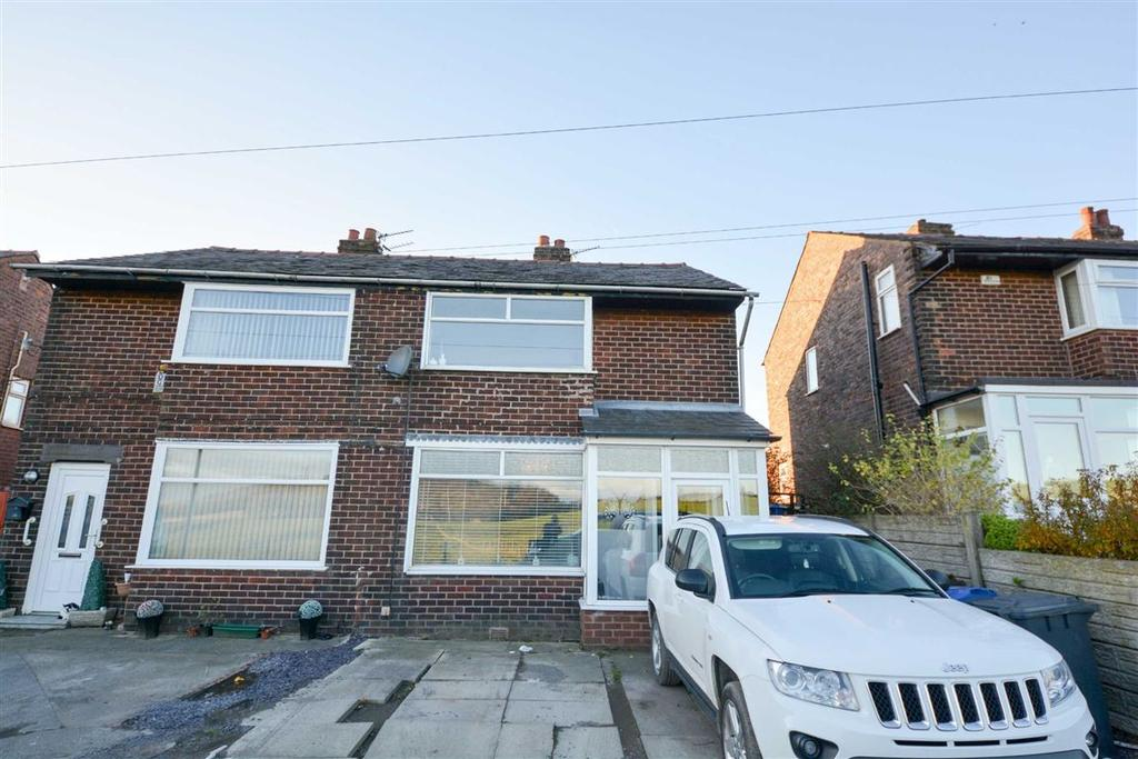 3 Bedrooms Semi Detached House for sale in High Street, Aspull, Wigan, WN2