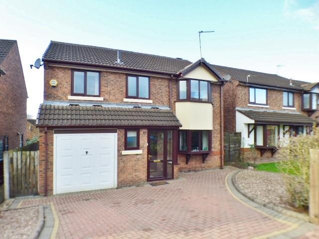 4 Bedrooms Detached House for sale in Eanleywood Lane, Norton, Runcorn