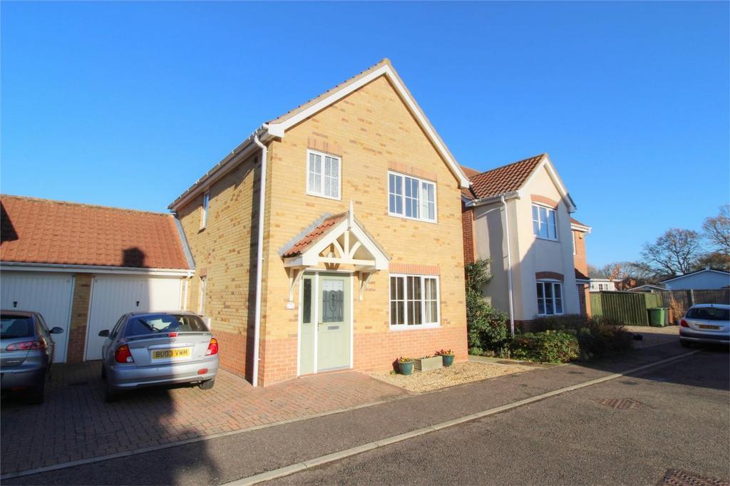 3 Bedrooms Detached House for sale in Balmoral Close NR17 2SP, ATTLEBOROUGH, Norfolk