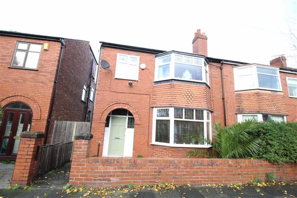 3 Bedrooms Semi Detached House for sale in Newport Road, Chorlton