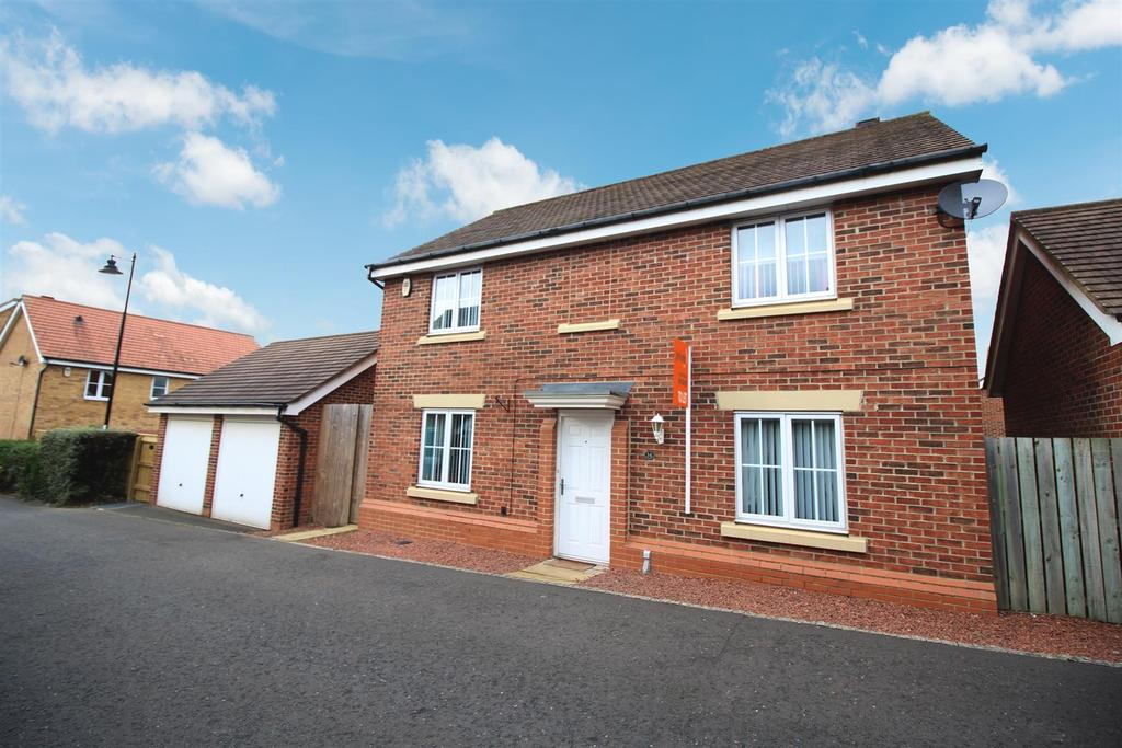 4 Bedrooms Detached House for sale in Chipchase Mews, Newcastle Upon Tyne