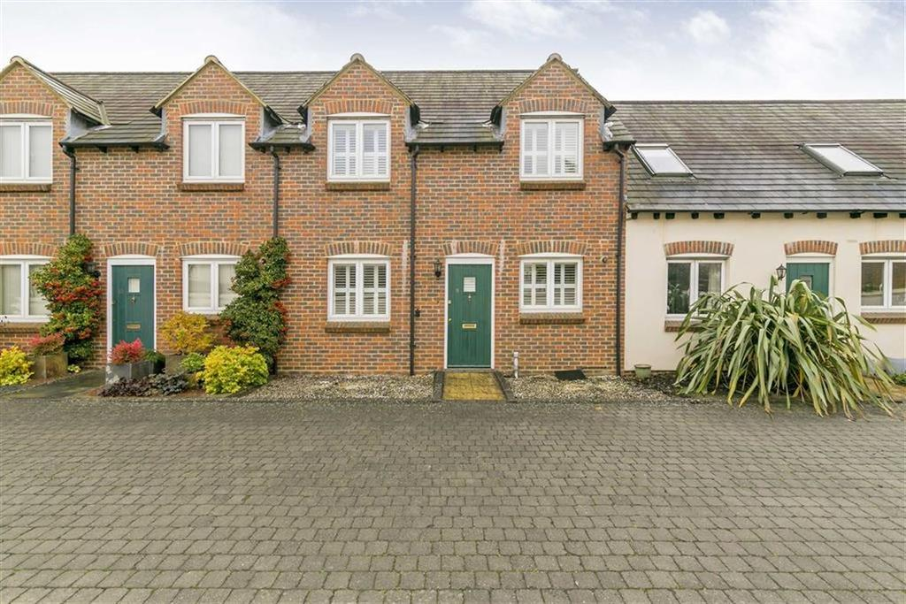 3 Bedrooms Terraced House for sale in Clarendon Mews, Ashtead, Surrey