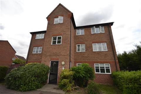 2 bedroom apartment to rent - Riddiford Drive, Chelmsford
