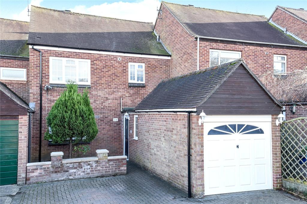 3 Bedrooms Terraced House for sale in Long Crendon, Aylesbury