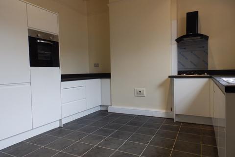 5 bedroom house share to rent - Bairstow Street,  Preston, PR1