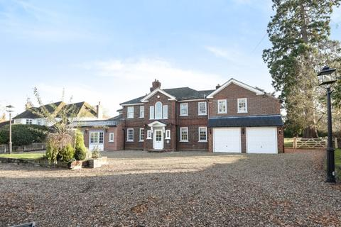 5 bedroom house to rent - Oakley Road Keston BR2