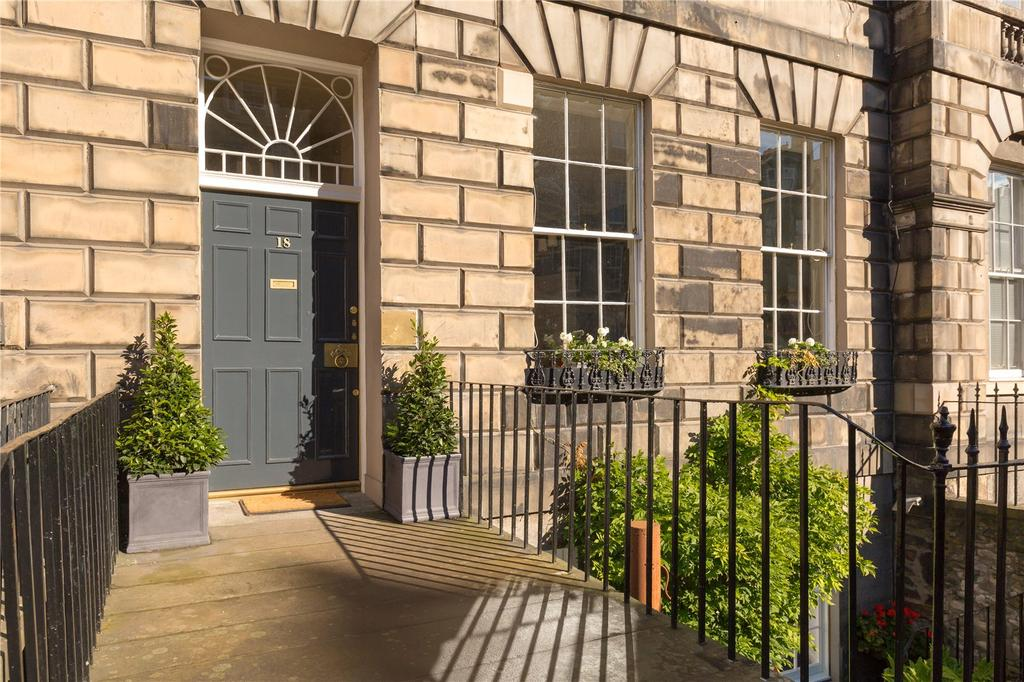 4 Bedrooms Apartment Flat for sale in London Street, Edinburgh