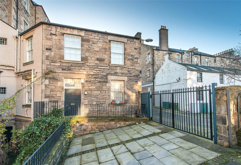 2 Bedrooms Apartment Flat for sale in Young Street North Lane, Edinburgh, Midlothian
