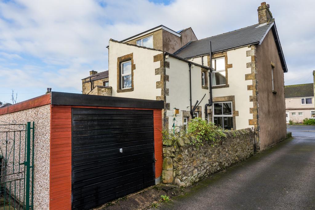4 Bedrooms End Of Terrace House for sale in Melbourne House, 70 High Road, Halton, Lancaster, Lancashire, LA2 6PS