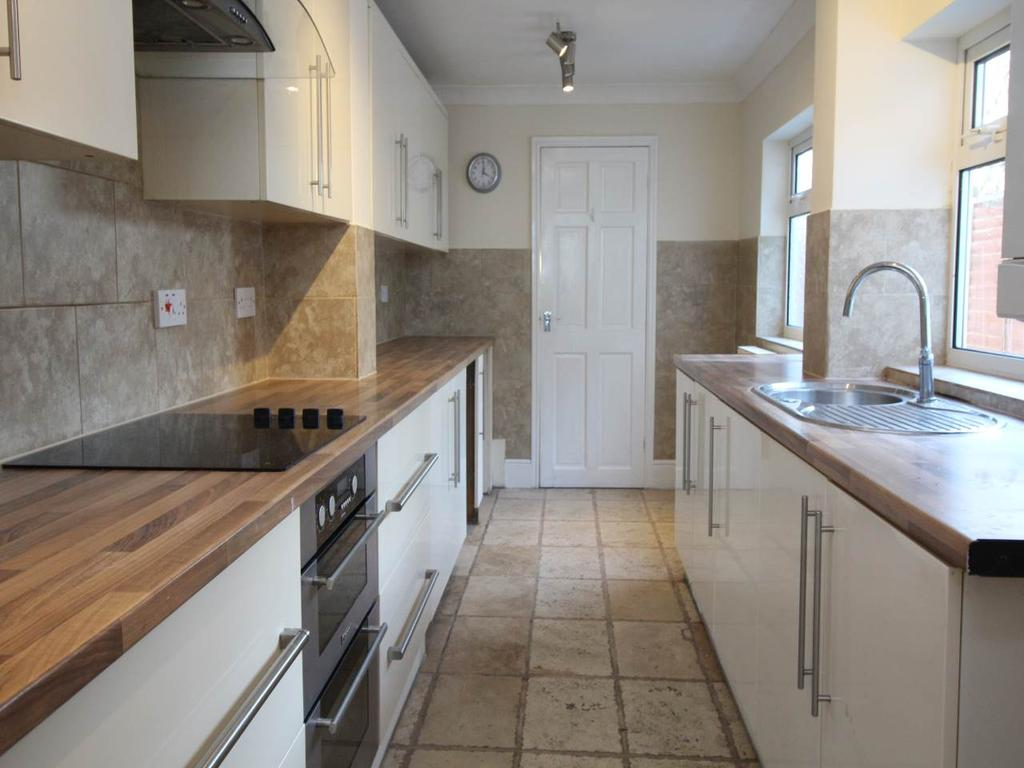 3 Bedrooms House for rent in Burford Road, Evesham,