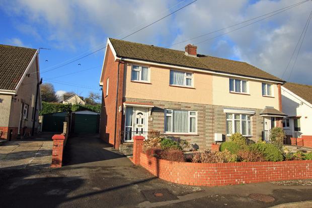 3 Bedrooms Semi Detached House for sale in Dwynant, Heol Y Meinciau, Pontyates, Carmarthenshire