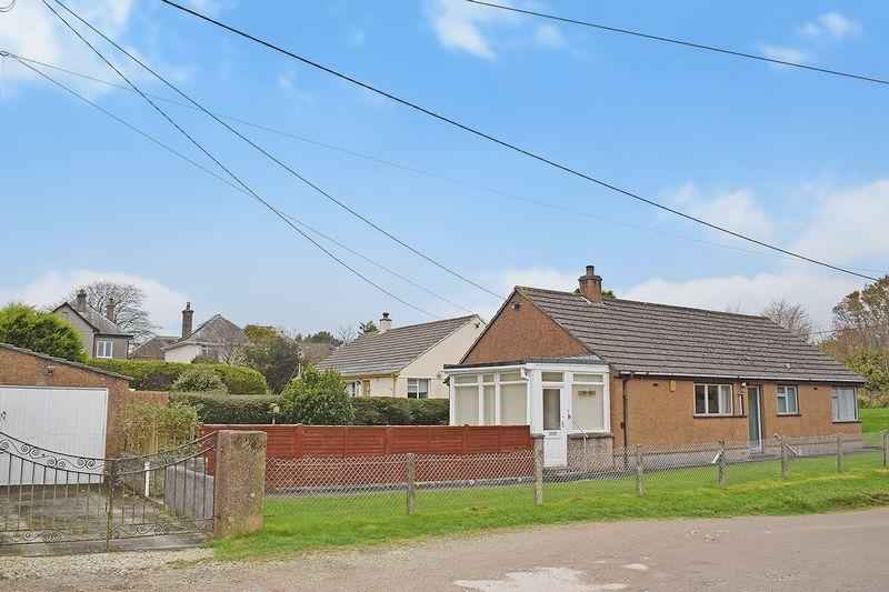 3 Bedrooms Detached Bungalow for sale in Liskeard, Cornwall