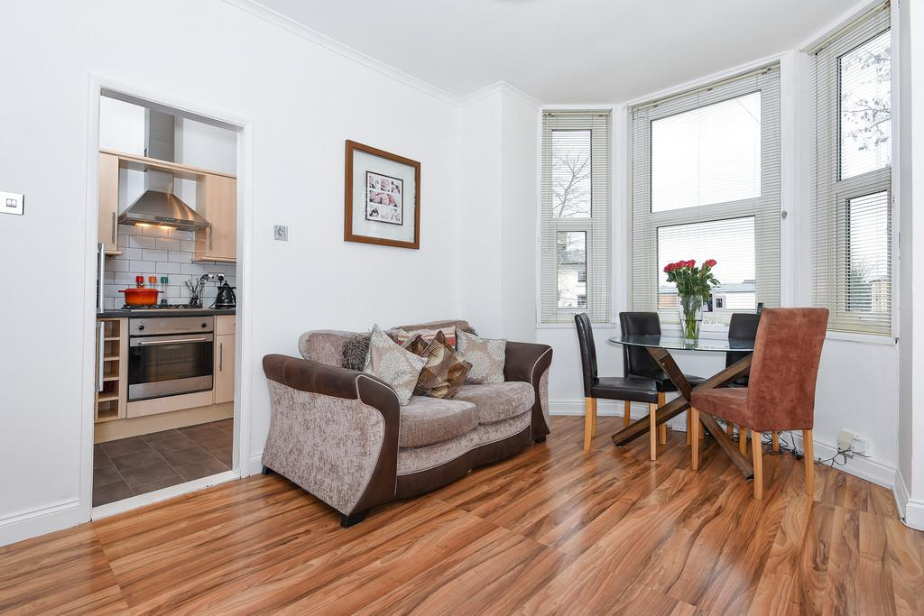 2 Bedrooms Flat for sale in Maidstone, Kent