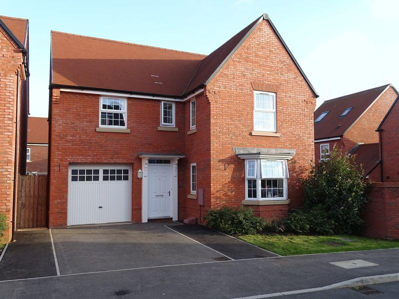 4 Bedrooms Detached House for sale in Corncockle Close, Melksham