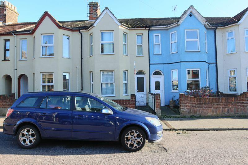 3 Bedrooms Terraced House for sale in Haward Street, Lowestoft