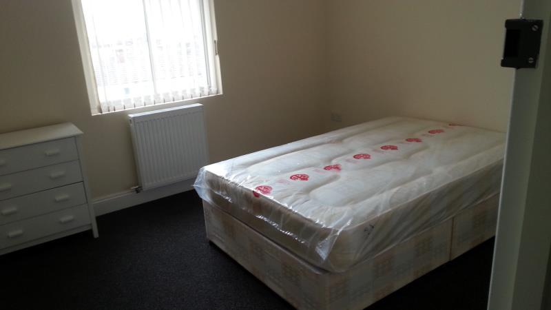 1 Bedroom End Of Terrace House for rent in 46 Cliff Road, Dovercourt, Harwich, Essex