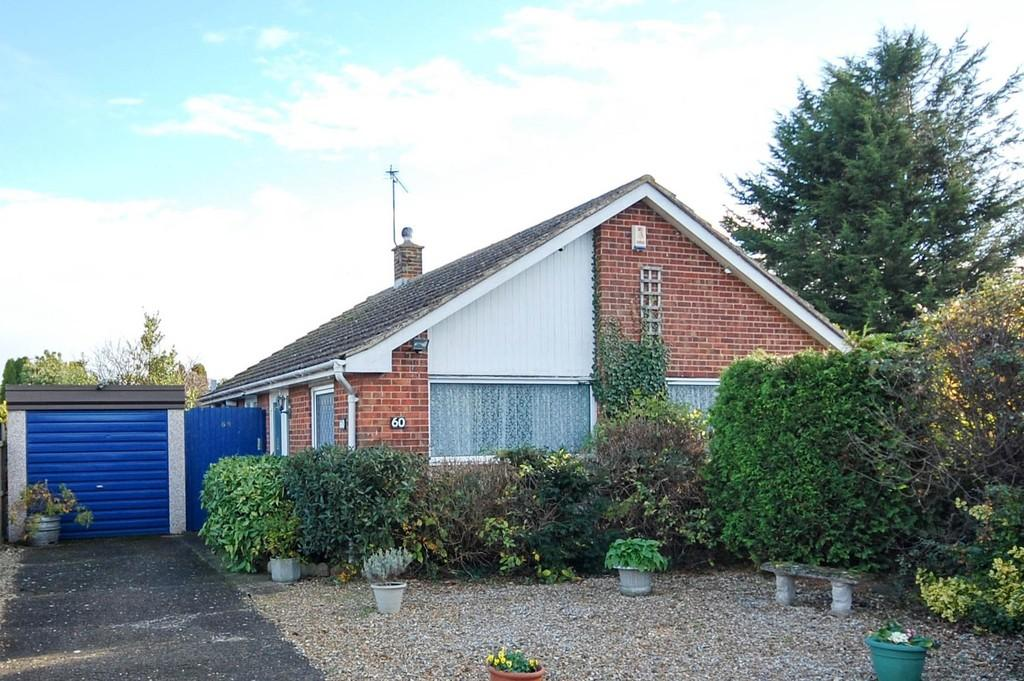 2 Bedrooms Detached Bungalow for sale in Windmill Road, Herne Bay