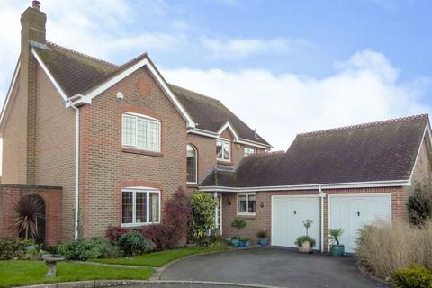 5 bedroom detached house for sale - The Pippins, Eckington, Nr Pershore
