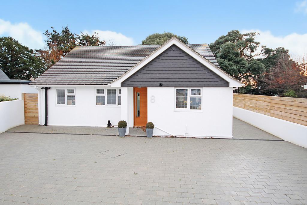 3 Bedrooms Detached House for sale in Ravensbourne Close, Shoreham-by-Sea, BN43 6AD