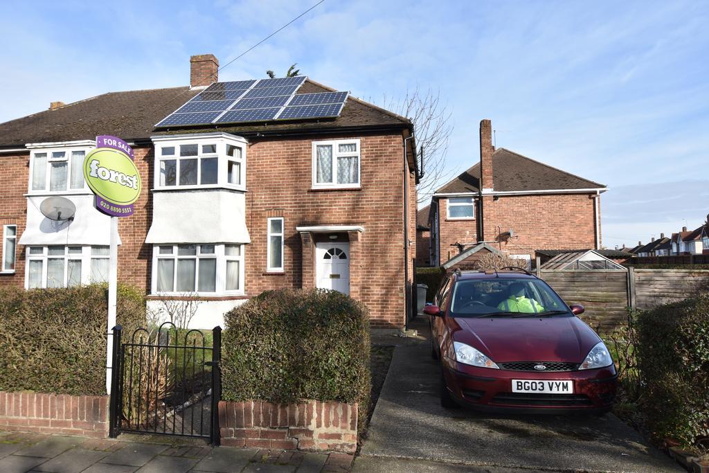 3 Bedrooms Semi Detached House for sale in Uxbridge Road, Feltham